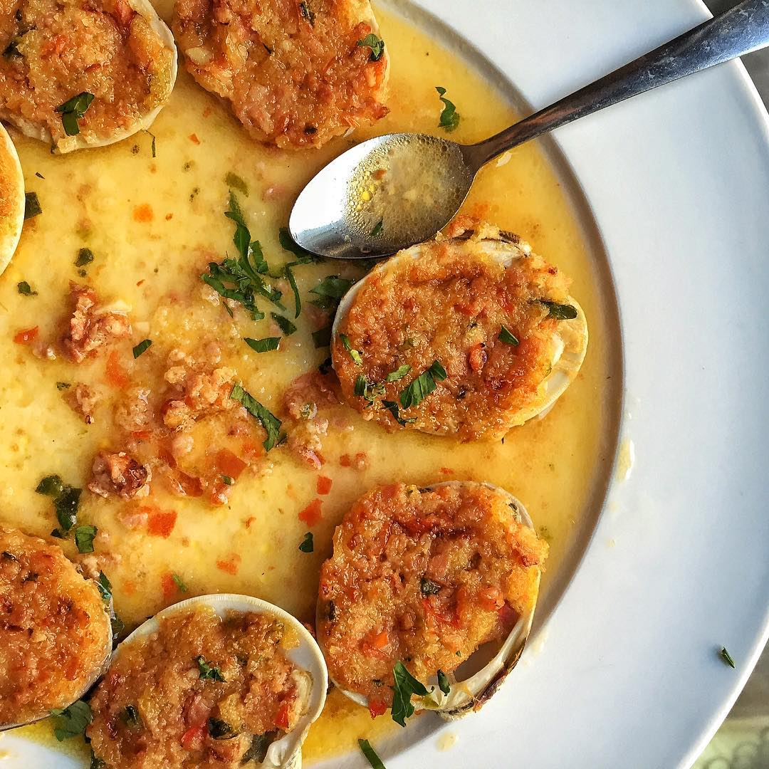 Dorlan's Baked Clams